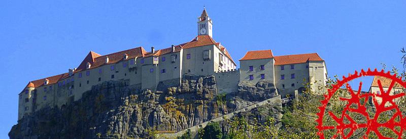 Rund um die Riegersburg & um das Schloss Kornberg